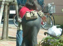 パンティ透け透けの大きなお尻がたまらない!!街中で思わず撮ってしまった透けパンエロ画像