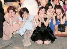 """<span class=""""title"""">ドレスで着飾った女の子たちが集団でパンチラしまくり!?パーティーで撮られたリア充の集合パンチラ画像</span>"""